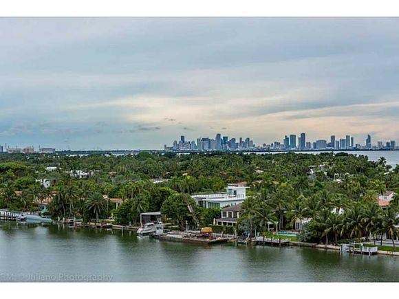 Apto 3 dormitorios em Miami Beach com visto do mar  -  $779,500