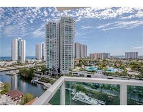 Apto. 3 Qts no predio famoso St.Tropez - Sunny Isles Beach - Miami-$979,000