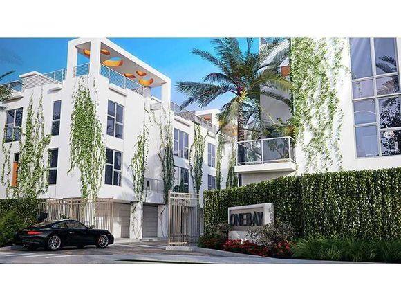 One Bay Residences - Novo Townhouse de Luxo - Pronto em 2017$1,149,900