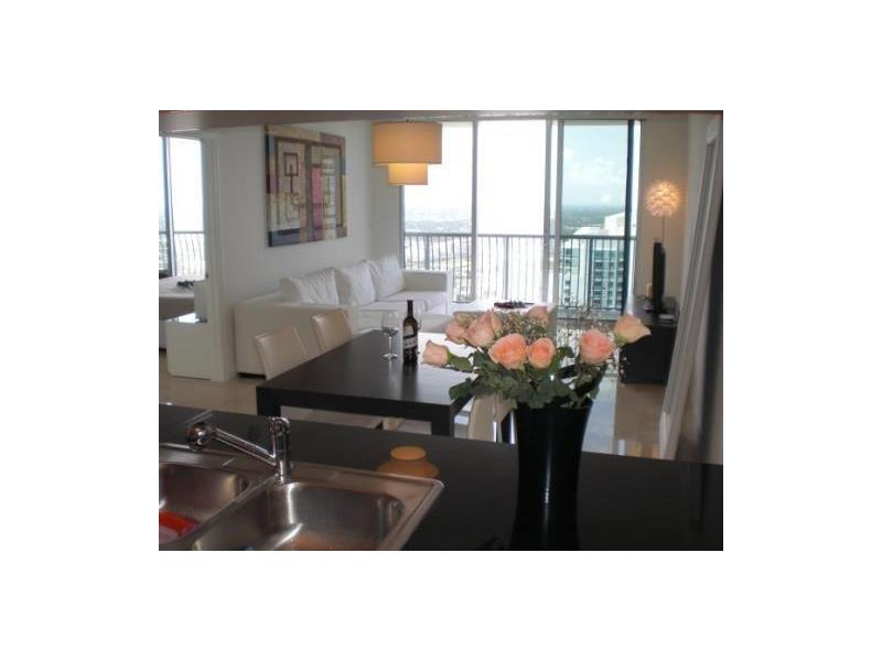 Cobertura - 55 andar - Opera Tower - Downtown Miami - Centro - $410,000