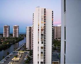 Apartamento Chique em Aventura - Miami - $349,000