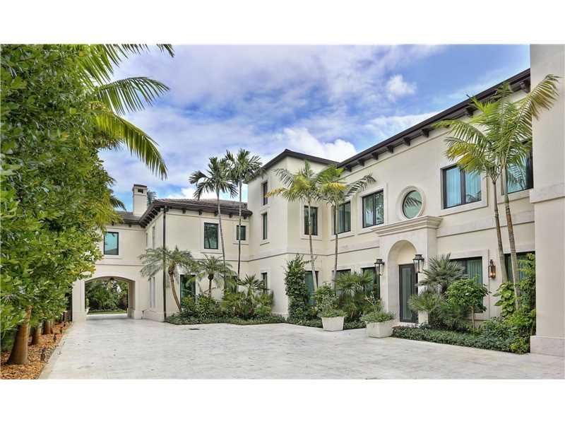 Mansão em frente o Biltmore Campo de Golf - Coral Gables - Miami- $5,850,000