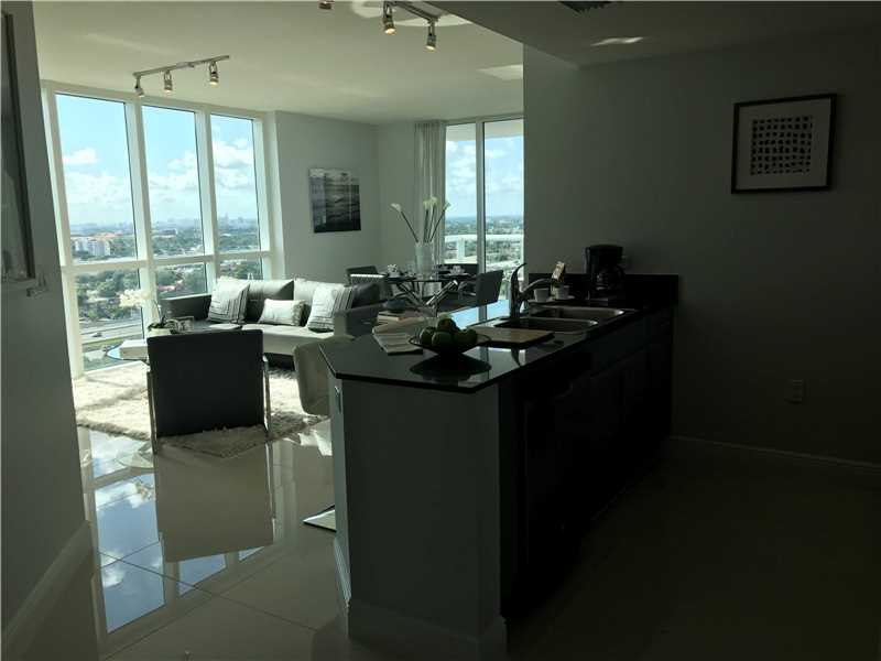 Apto 2 Dormitorios no South River Drive - Miami $355,800