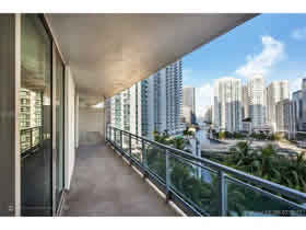 Apartamento bonito a venda em Downtown - Miami $359,888