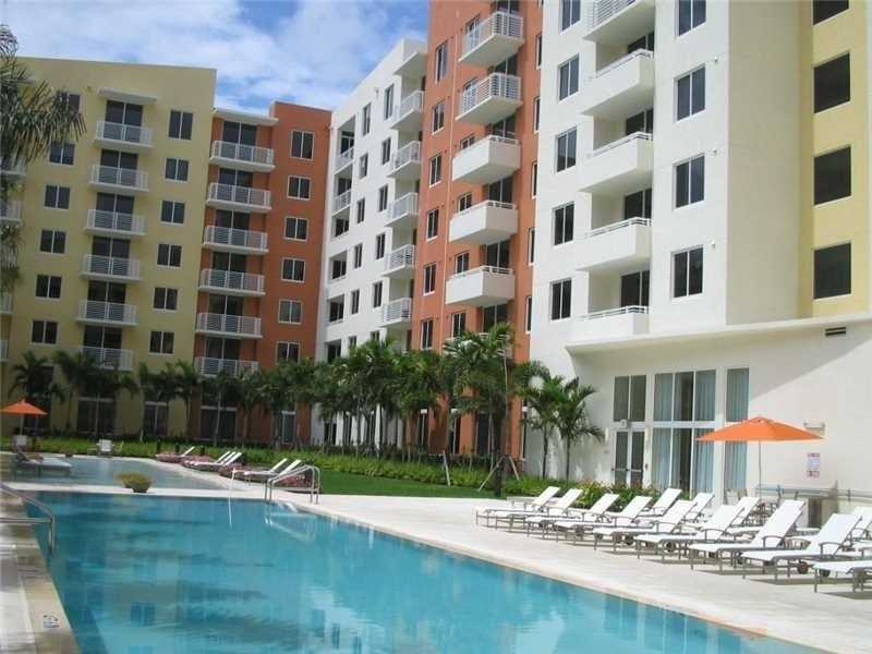 Apartamento A Venda no Venture at Aventura - Miami $310,000