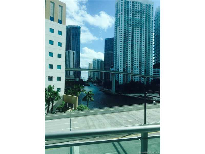 Apartamento Duplex Xique A Venda em Downtown Miami -$340,000
