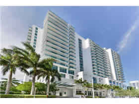 Apartamento Moderno A Venda em Edgewater - Centro de Miami - $395,000
