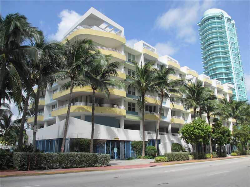 Apartamento A Venda a 1 quadra da praia em Miami Beach - $495,000