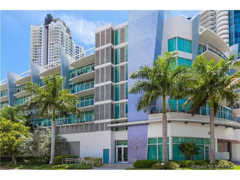 Apartamento A Venda na quadra da praia em Miami Beach - $399,000