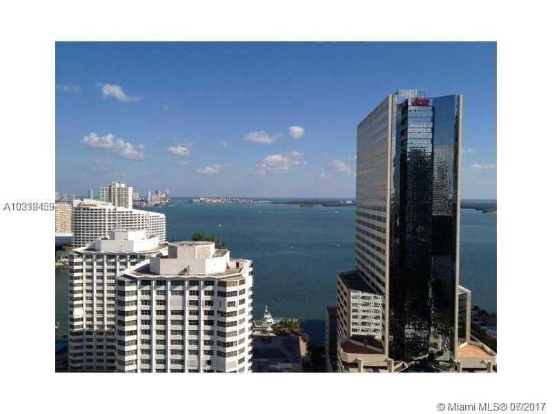 Apto mobiliado no 26 andar no Centro do Cidade - Brickell Ave - Downtown Miami $575,000