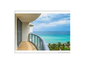 Apart-Hotel em Sunny Isles Beach pronto para passar ferias ou alugar $430,000