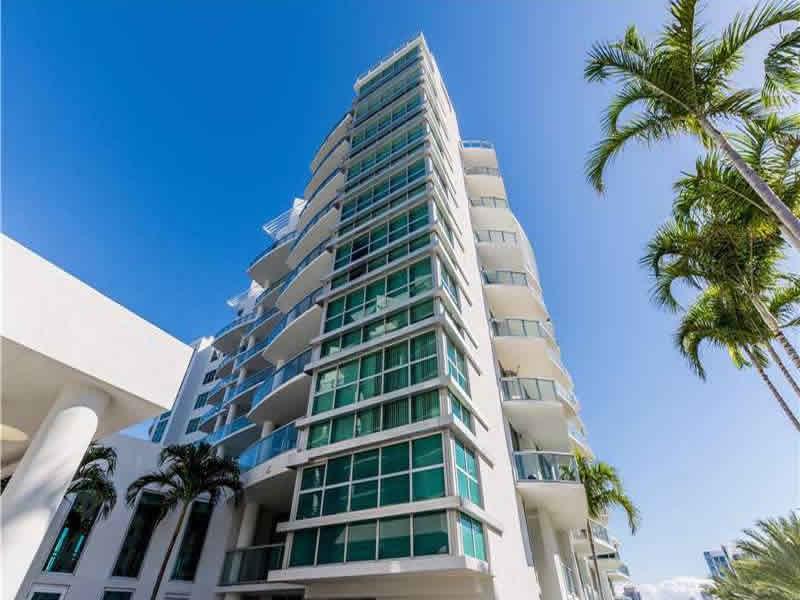 Apto Duplex no Atrium - Aventura $440,000
