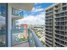 Apto Mobiliado em Sunny Isles Beach - Miami $575,000