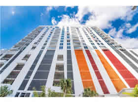 Apto De Luxo Mobiliado no The Crimson - Miami $800,000