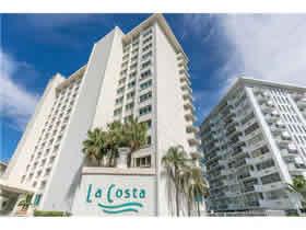 Apto em Frente a Praia - Miami Beach - Bom Negócio! - $599,000
