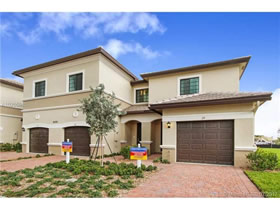 Novo Townhouse A Venda 3 quartos no Eastside Village - Fort Lauderdale - $356,980