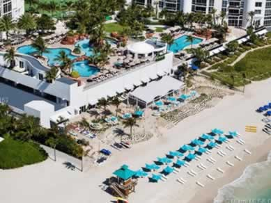 Apto Mobiliado no Trump International - Sunny Isles Beach - $305,000