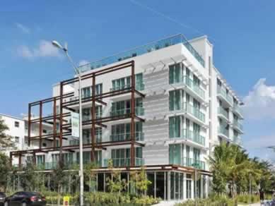 Apto Novo mobiliado em South Beach Apart-Hotel - Miami Beach - $377,000