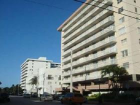 Fabuloso Apartamento no 4o Andar em Miami Beach $200,000
