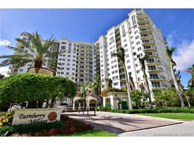 Apto no Turnberry Village - Aventura - Vista Excelente! - $429,000