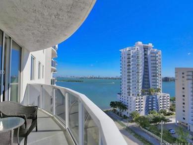 Apto 3 Dormitórios no Centro – Downtown – Miami - $389,900