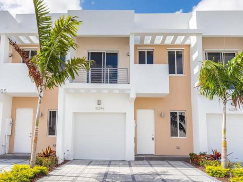 Casa Geminada Nova no Neovita - Doral (3 dormitórios) - $498,000