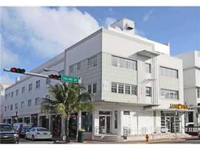 Apartamento para Vender em Miami Beach com Vista para o Oceano $334,900