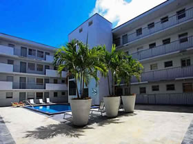 Townhouse a Venda em Lincoln Place, Miami $259,900