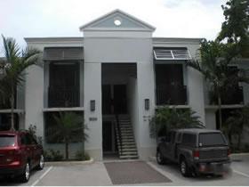 Imóvel a Venda em Fort Lauderdale, Flórida $399,990