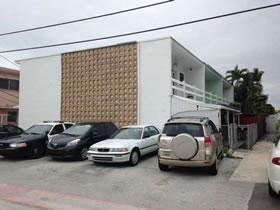 Townhouse na Praia em Miami Beach $259,900