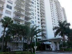 Apartamento de 2 Quartos em Condomínio em Miami $184,900