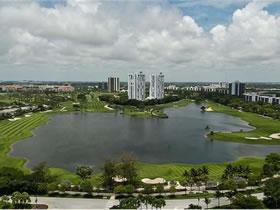 Espetacular Apartamento no Aventura Condo, em Miami $698,000