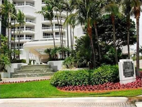 Fantástico Apartamento em Aventura, Miami $719,000