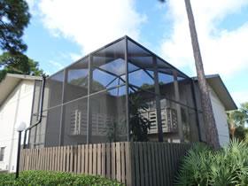 Casa de 2 Andares com Excelente Preço em Fort Pierce $59,000