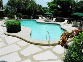 Apartamento Contemporâneo com Vista Espetacular em Miami $298,000