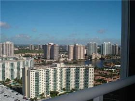 Apartamento Fantástico em Sunny Isles Beach, Miami $298,000