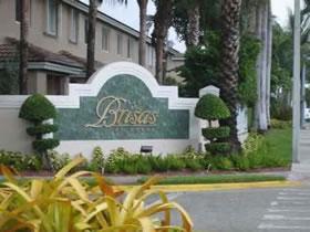 Townhouse Perfeita para a Família no Coração de Doral, Miami $295,000