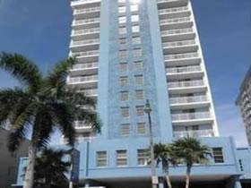 Apartamento em Frente ao Oceano em Port Royale Condo, Miami