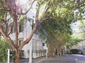 Southbeach 1/1 Apartamento $299,000