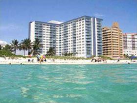 Apartamento em Miami Beach $350,000
