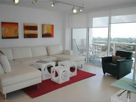 Apartamento Collins Ave - Miami Beach $425,000