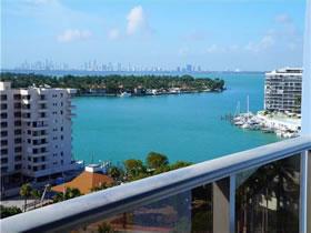 Apartamento com Vista Linda em Miami Beach $249,990