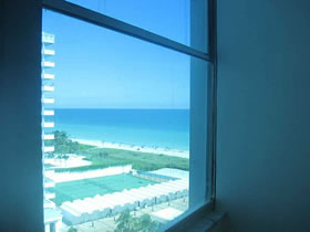 Collins Ave - Miami Beach - Visto o Mar Apartamento 2/2 $385,000