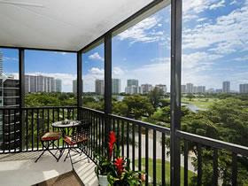 Lindo Apartamento 2/2 em Aventura - Miami $229,000
