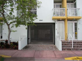 Townhouse 2/2 em Miami Beach na quadra da praia $369,000