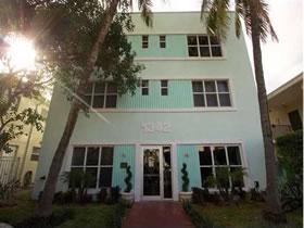 Apartamento 2/2 - South Beach - Miami Beach - 2 Quadras Até a Praia $269,000