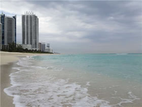 Apartamento Collins Ave - Miami Beach $264,444