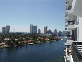 Apartamento de 2 Quartos em Prédio Moderno - Aventura Miami - Vai para o Shopping Aventura A Pé! $298,900