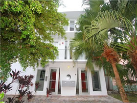 Apartamento South Beach - Miami Beach $349,000