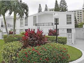 Aventura Apto 2/2 - Todo Reformado em Miami $297,900
